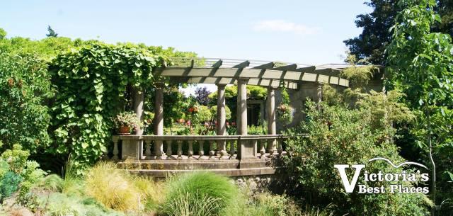 Hatley Castle Italian Garden