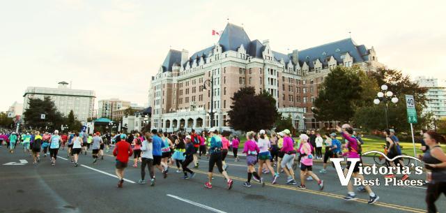Marathon Runners by Empress Hotel